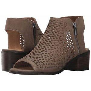 Lucky Brand Nelwyna Peep Toe Zipper Sandal Brindle